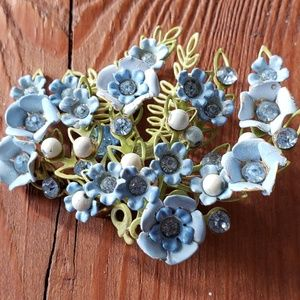 Vintage jewelry brooch flower jewelry pin
